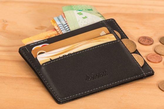 우리는 이렇게 당신의 지갑에서 돈을 꺼낸다!