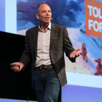넷플릭스 창업자가 말하는 비즈니스 모델 전환의 비결
