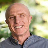 '승려와 수수께끼' 쓴 실리콘밸리 레전드의 창업 조언